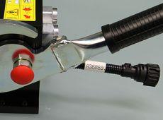 Adaptiekabel voor elektrische sturing aanbouwwerktuig