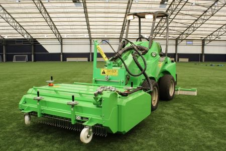 A36494  Artificial turf attachment ATA1200 work 3.JPG