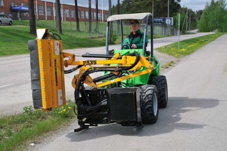 avant_flail_mower_with_hydraulic_boom_5.jpg