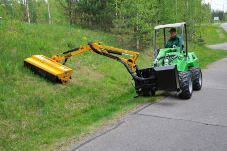 avant_flail_mower_with_hydraulic_boom_3.jpg