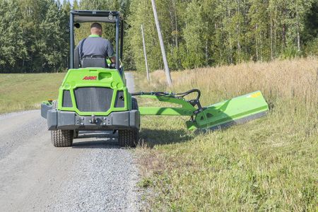 avant_niittomurskain_sivupuomilla_flail_mower_with_hydraulic_side_arm_5.jpg