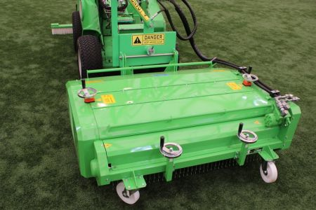 A36494  Artificial turf attachment ATA1200 work 4.JPG