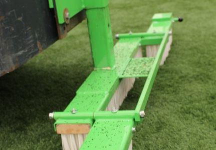 A36494  Artificial turf attachment ATA1200 work 14.JPG