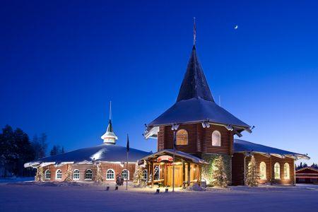 christmas-house-santa-claus-village-rovaniemi-71_800.jpg