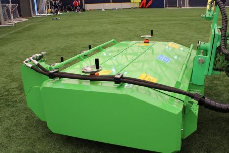 A36494  Artificial turf attachment ATA1200 work 5.JPG