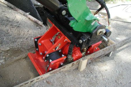 A21012 Vibrating plate work 1.jpg