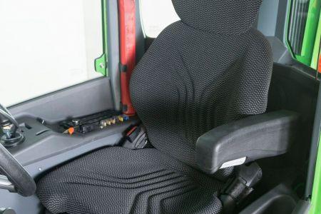 cab-gt-inside.jpg